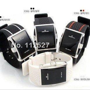 Спортивные наручные часы с LED-дисплеем