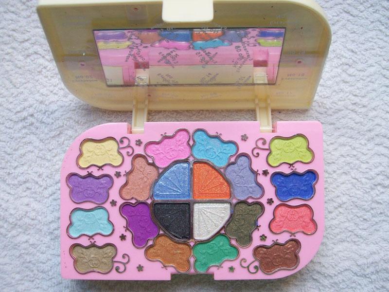 Подарочный набор для макияжа