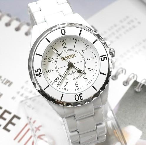 Наручные часы в стиле ретро