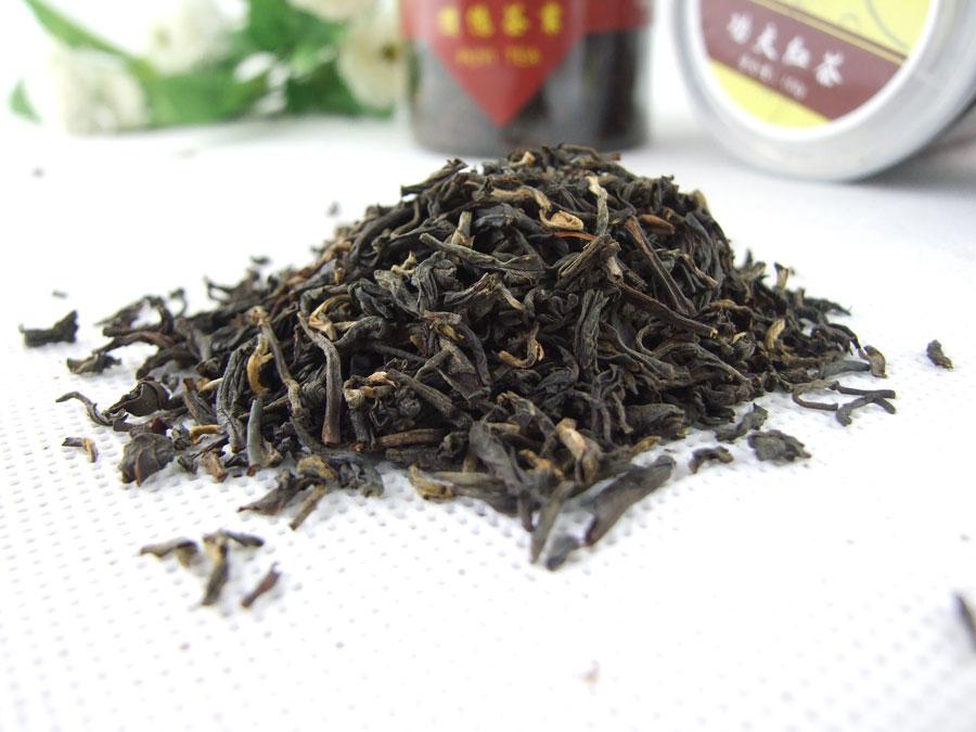 Китайский черный чай DianGong в баночке, 2 штуки