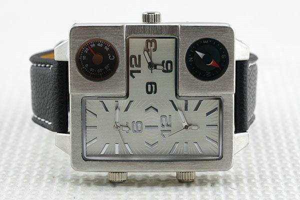 Часы наручные с квадратным циферблатом