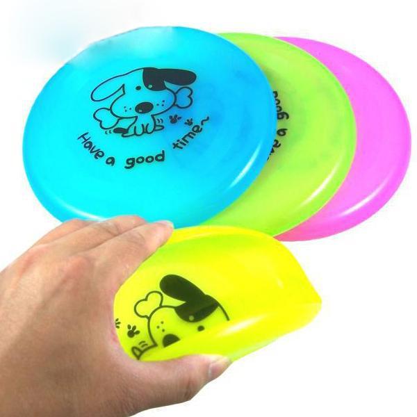 Летающая тарелка для собак