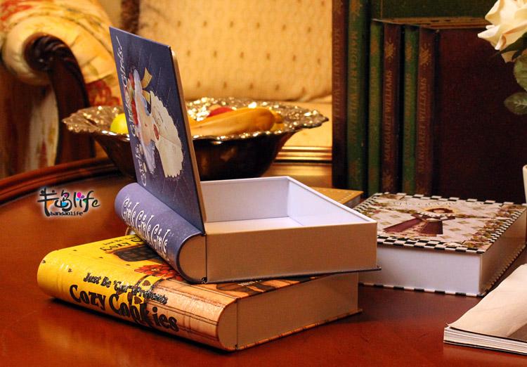 Коробка в виде книги для хранения документов