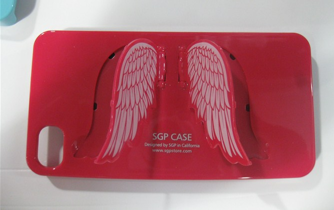 Чехол с крыльями для iphone 4
