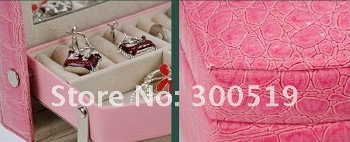 Шкатулка для украшений и косметики с 3 ящичками и зеркалом, 16х13х11.5 см