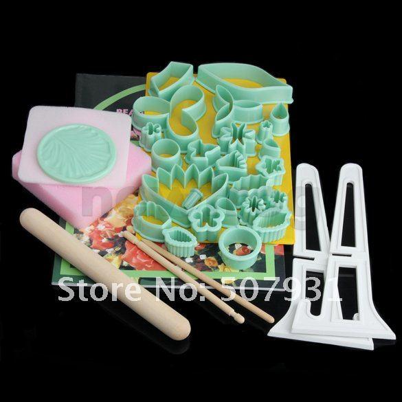 Набор форм и инструментов для украшения тортов, 32 предмета