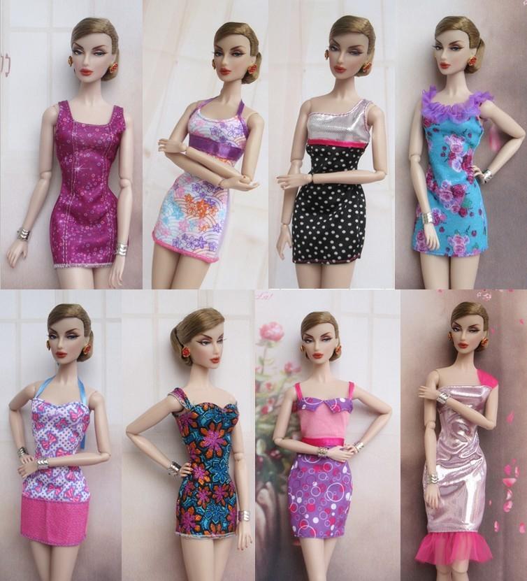 Как сделать из ткани платье для куклы видео