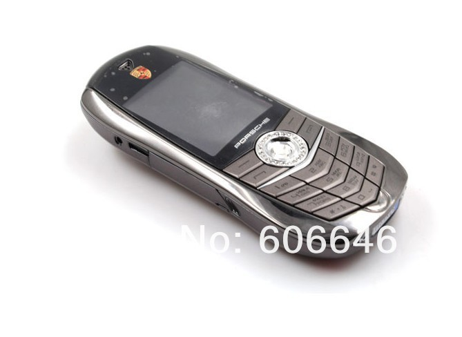 F977 - телефон в виде автомобиля