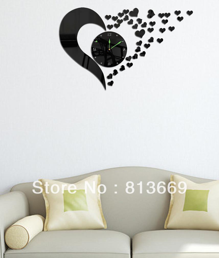 Настенные часы-зеркало в виде сердца