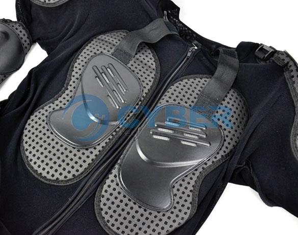 Костюм мотоциклиста размером L с дополнительной защитой позвоночника и грудной клетки