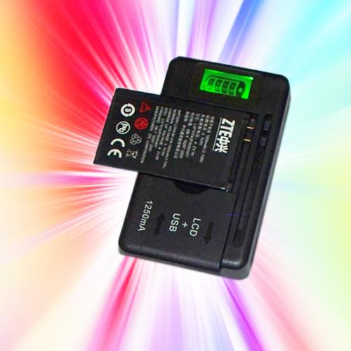 Универсальное зарядное устройство + ЕС переходник