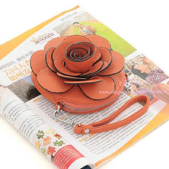 Дамская сумочки в форме цветка