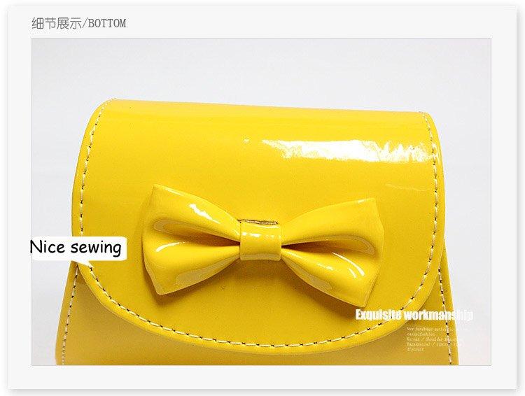 Стильные цветные женские сумочки-клатч из лакированной кожи на цепочке, с бантом, летние, для ношения на плече / в руках