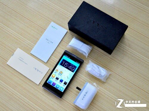 Oppo T29 - смартфон, Android 4.0.4, MTK6577 (2x1.2GHz), qHD 4.5