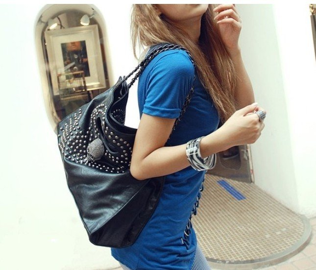 Дамская сумка-тоте из кожи  в стиле винтаж/классика, украшенная черепами EB133