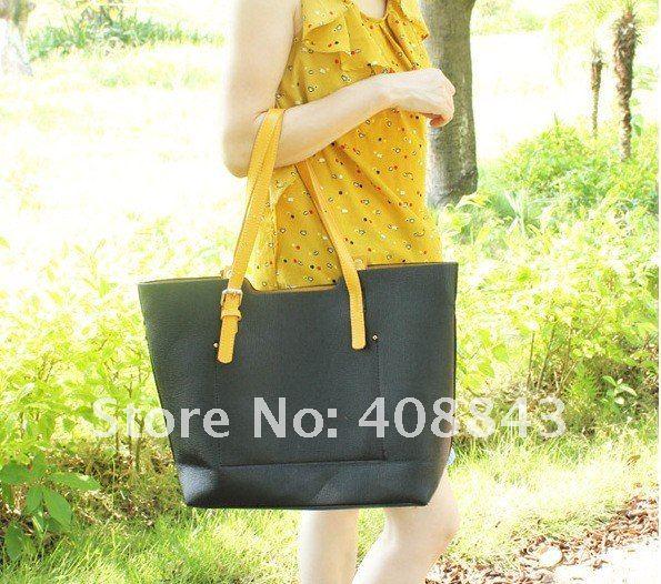 Модные сумки из полиуретана вместительны, практичны.  Внтуренняя часть представлена мешком из ткани...