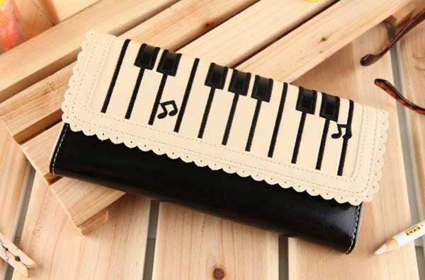 Женский кошелёк фортепиано