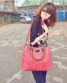 Модные женские сумки с заклепками