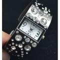 Наручные часы H009 с кристаллами