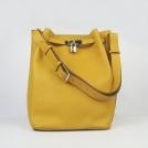 Модные дамские сумки из натуральной кожи в стиле хобо