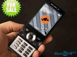 W995 - мобильный телефон, с сенсорным экраном 2,6