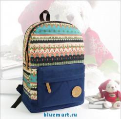 Рюкзак женский с декоративным узором