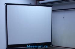 Проекционный штативный экран TS-84 (84